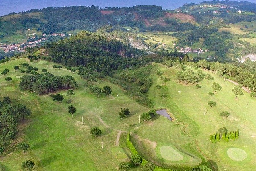 Paraje del Asturcón Ribadesella - Campo de golf